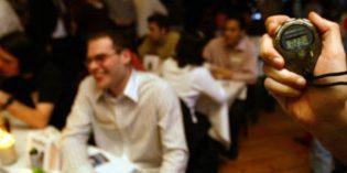 Black & White Twist Tables Shabbat Dinner