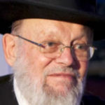 Dayan Chanoch Ehrentreu speaking in Yerushalayim