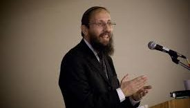 Rav Yossi Rimon at the Torah MiTzion Thursday morning Kollel